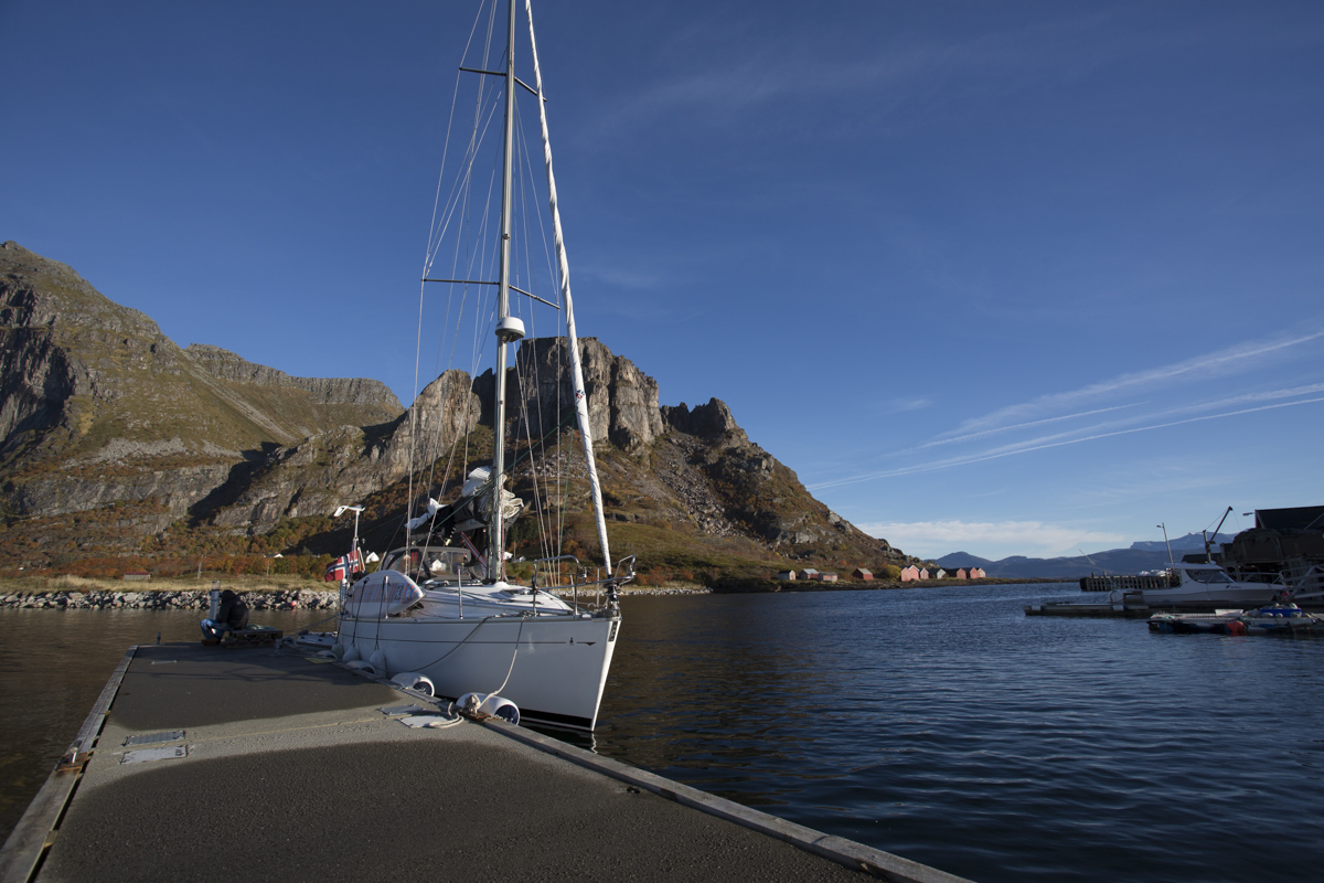 Barba in port at Fugløya