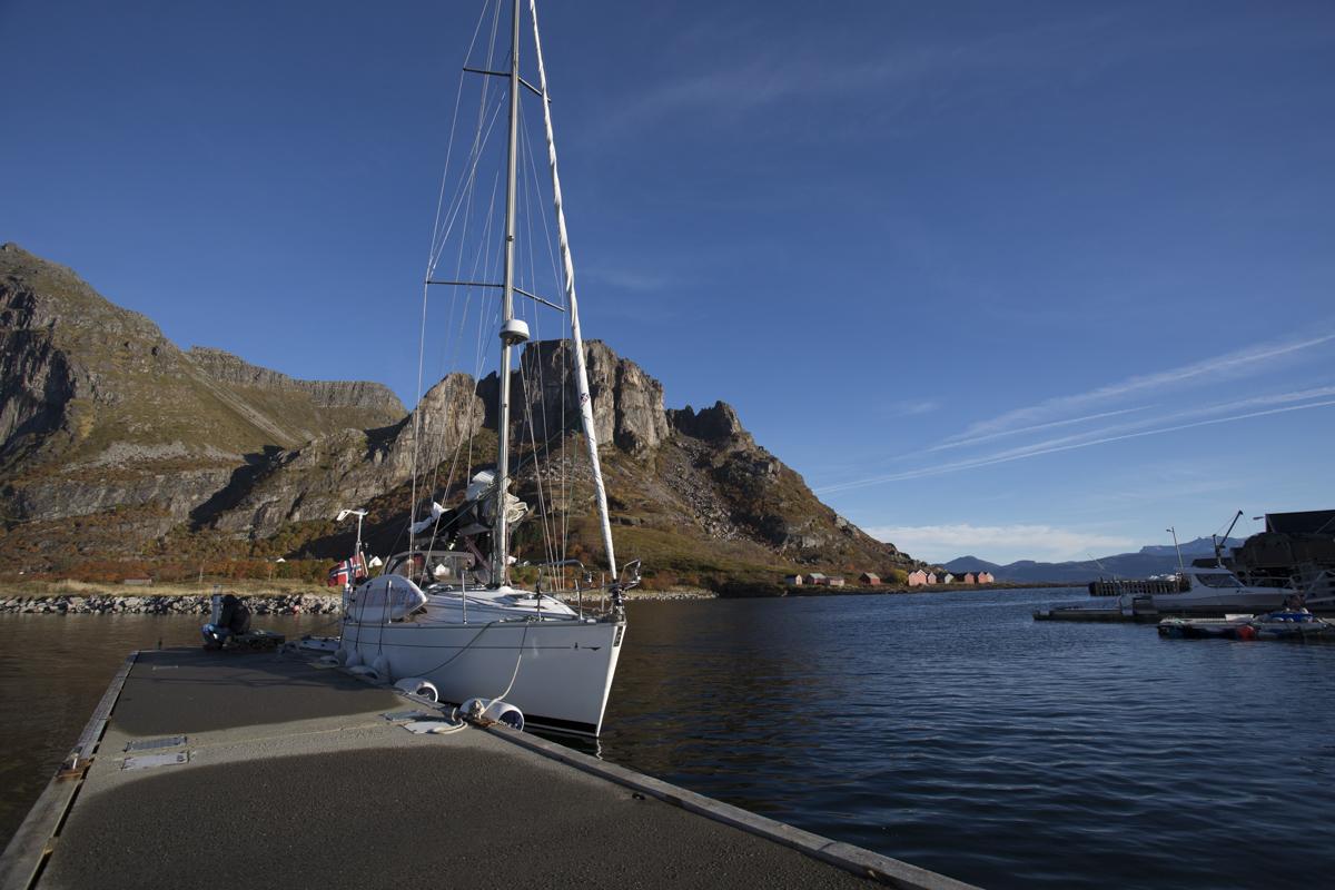 Barba in port at Fugløya