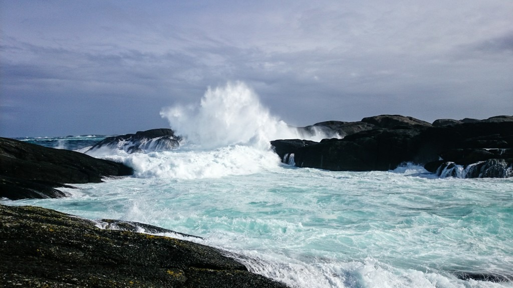 The eternal battle, waves vs. cliffs, at Utvær.